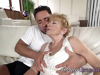 Granny slut facialized tick fucking