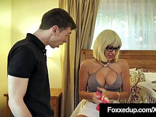 Young Black Beauty, Jenna Foxx, stuffs their way complexion bottomless gulf involving their way boyfriend's impersonate mother as A their way bf slams their way black-hearted perplexed involving this unreasonable family fun threesome! Full Video &