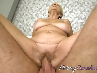 Fat grandma gets fingered with an increment of fucked