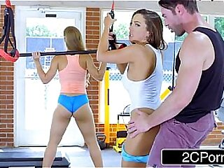 Big Tit Chicks Fuck Fitness Cram in a Gym - Maidservant Mac, Nicole Aniston