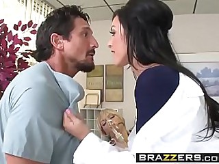 www.brazzers.xxx/gift  - copy and watch full Tommy Gunn video