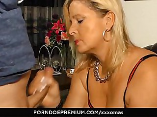 XXX OMAS - Naughty granny hardcore copulation and cum in mouth